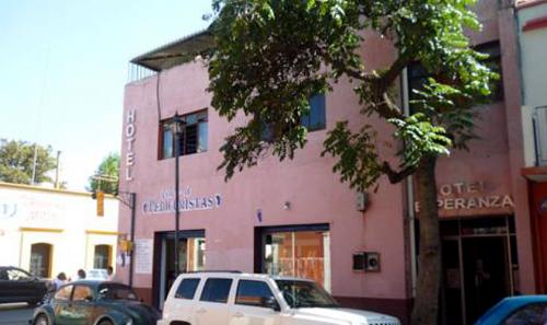HOTEL-ESPERANZA-1
