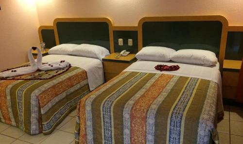 HOTEL-MOTEL-LA-CABANA-2